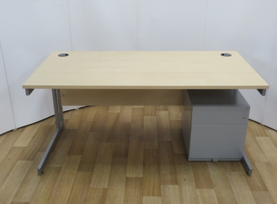 Maple 1600W x 800D Rectangular Desk