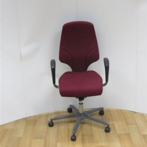 Giroflex G64 Task Chair