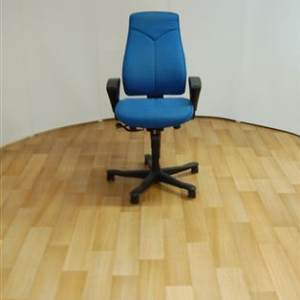 Kinnarps 8000 Task Chair
