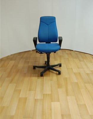 Kinnarps 8000 Task Chair